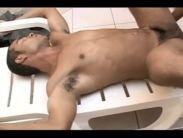 Moreno na casa dos contos gay metendo gostoso