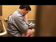 No banheiro x videos gay banheiro tocando punheta